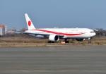 バーダーさんが、千歳基地で撮影した航空自衛隊 777-3SB/ERの航空フォト(写真)