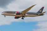 Tomo-Papaさんが、ロンドン・ヒースロー空港で撮影したロイヤル・ヨルダン航空 787-8 Dreamlinerの航空フォト(写真)