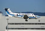 tsubameさんが、福岡空港で撮影した海上保安庁 B300の航空フォト(写真)