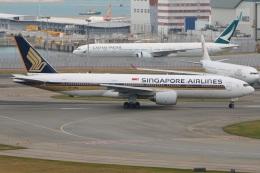 たみぃさんが、香港国際空港で撮影したシンガポール航空 777-212/ERの航空フォト(飛行機 写真・画像)
