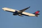 OMAさんが、羽田空港で撮影したデルタ航空 A330-302の航空フォト(写真)