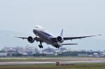 mild lifeさんが、伊丹空港で撮影した全日空 777-381/ERの航空フォト(写真)
