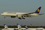 とらとらさんが、成田国際空港で撮影したルフトハンザ・カーゴ 777-FBTの航空フォト(写真)