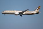 OMAさんが、成田国際空港で撮影したエティハド航空 787-9の航空フォト(飛行機 写真・画像)