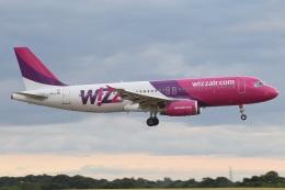 MOR1(新アカウント)さんが、バーミンガム国際空港で撮影したウィズ・エア A320-232の航空フォト(飛行機 写真・画像)