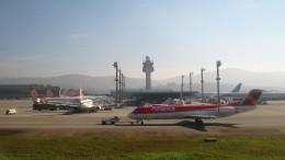 westtowerさんが、サンパウロ・グアルーリョス国際空港で撮影したアビアンカ・ブラジル 100の航空フォト(飛行機 写真・画像)