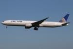 たみぃさんが、成田国際空港で撮影したユナイテッド航空 777-322/ERの航空フォト(写真)