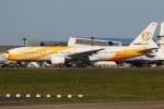 たみぃさんが、成田国際空港で撮影したノックスクート 777-212/ERの航空フォト(写真)