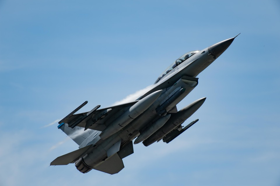 Takeshi90ssさんのアメリカ空軍 General Dynamics F-16 Fighting Falcon (89-2171) 航空フォト