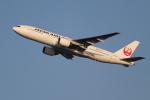 OMAさんが、羽田空港で撮影した日本航空 777-289の航空フォト(写真)
