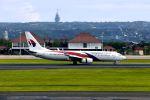 まいけるさんが、デンパサール国際空港で撮影したマレーシア航空 737-8H6の航空フォト(写真)