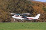 syo12さんが、鹿部飛行場で撮影した朝日航空 172Pの航空フォト(写真)