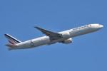 B747‐400さんが、成田国際空港で撮影したエールフランス航空 777-328/ERの航空フォト(写真)