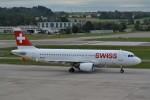 k-spotterさんが、チューリッヒ空港で撮影したスイスインターナショナルエアラインズ A320-214の航空フォト(写真)