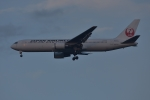 qooさんが、成田国際空港で撮影した日本航空 767-346/ERの航空フォト(写真)