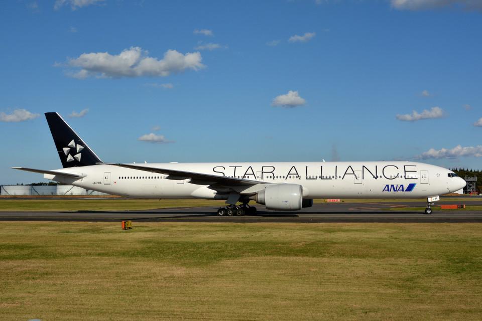 サンドバンクさんの全日空 Boeing 777-300 (JA731A) 航空フォト