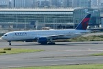 Dojalanaさんが、羽田空港で撮影したデルタ航空 777-232/ERの航空フォト(写真)