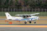 syo12さんが、函館空港で撮影した海上保安庁 172S Turbo Skyhawk JT-Aの航空フォト(飛行機 写真・画像)