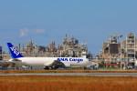 N村さんが、松山空港で撮影した全日空 767-381Fの航空フォト(写真)