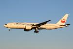 sky-spotterさんが、成田国際空港で撮影した日本航空 777-246/ERの航空フォト(写真)