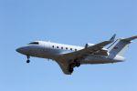kazuchiyanさんが、岩国空港で撮影した連邦航空局 CL-600-2B16 Challenger 604の航空フォト(写真)
