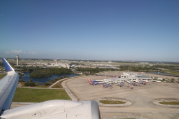 JA1118Dさんが、オーランド国際空港で撮影したユナイテッド航空 757-324の航空フォト(飛行機 写真・画像)