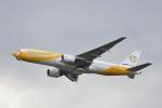 kix-boobyさんが、関西国際空港で撮影したノックスクート 777-212/ERの航空フォト(写真)