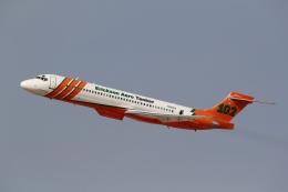 takoyanさんが、フォックス飛行場で撮影したエリクソン・エアロ・タンカー MD-87 (DC-9-87)の航空フォト(飛行機 写真・画像)