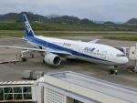 ヒロリンさんが、新石垣空港で撮影した全日空 777-281/ERの航空フォト(写真)