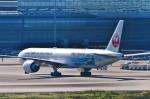 Dojalanaさんが、羽田空港で撮影した日本航空 777-346/ERの航空フォト(写真)