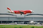 まいけるさんが、スワンナプーム国際空港で撮影したエアアジア A320-216の航空フォト(写真)
