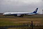 バーダーさんが、新千歳空港で撮影した全日空 777-381の航空フォト(写真)