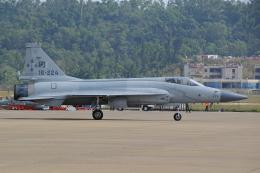 AkilaYさんが、珠海金湾空港で撮影したパキスタン空軍 JF-17 Thunderの航空フォト(飛行機 写真・画像)