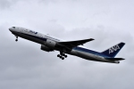 バーダーさんが、新千歳空港で撮影した全日空 777-281/ERの航空フォト(写真)