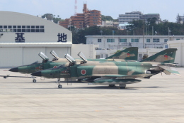 cassiopeiaさんが、那覇空港で撮影した航空自衛隊 RF-4E Phantom IIの航空フォト(飛行機 写真・画像)