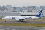 funi9280さんが、福岡空港で撮影した全日空 767-381/ERの航空フォト(写真)