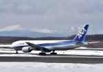バーダーさんが、新千歳空港で撮影した全日空 777-281の航空フォト(写真)