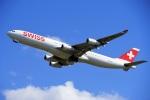 レドームさんが、成田国際空港で撮影したスイスインターナショナルエアラインズ A340-313Xの航空フォト(写真)