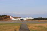 ひでごんさんが、青森空港で撮影したジェイ・エア ERJ-190-100(ERJ-190STD)の航空フォト(写真)