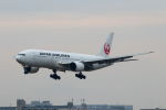 funi9280さんが、福岡空港で撮影した日本航空 777-289の航空フォト(写真)