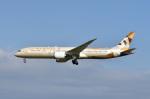 ポン太さんが、成田国際空港で撮影したエティハド航空 787-9の航空フォト(写真)