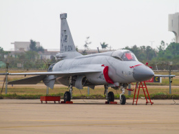 Mame @ TYOさんが、珠海金湾空港で撮影したパキスタン空軍 JF-17A Thunderの航空フォト(飛行機 写真・画像)