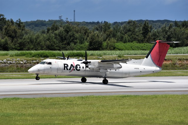 kumagorouさんが、南大東空港で撮影した琉球エアーコミューター DHC-8-314 Dash 8の航空フォト(飛行機 写真・画像)