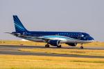 xingyeさんが、パリ シャルル・ド・ゴール国際空港で撮影したアゼルバイジャン航空 A320-214の航空フォト(写真)