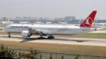 誘喜さんが、アタテュルク国際空港で撮影したターキッシュ・エアラインズ 777-3F2/ERの航空フォト(写真)
