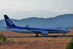 鉄バスさんが、広島空港で撮影した全日空 737-881の航空フォト(写真)