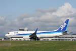 プルシアンブルーさんが、旭川空港で撮影した全日空 737-881の航空フォト(写真)