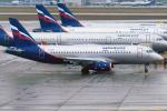 BOSTONさんが、シェレメーチエヴォ国際空港で撮影したアエロフロート・ロシア航空 100-95Bの航空フォト(写真)