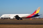 セブンさんが、新千歳空港で撮影したアシアナ航空 767-38Eの航空フォト(飛行機 写真・画像)