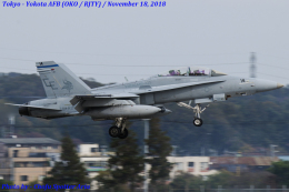 Chofu Spotter Ariaさんが、横田基地で撮影したアメリカ海兵隊 F/A-18D Hornetの航空フォト(飛行機 写真・画像)
